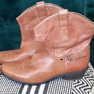 Franco Sarto short cowboy boots size 9